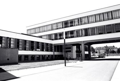 Dessau_BAUHAUS_01